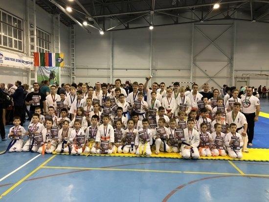 Димитроврадские каратисты привезли из Татарстана 60 медалей
