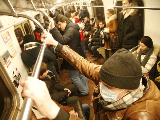 Мошенник за день провел 244 пассажира в метро по чужому социальному билету