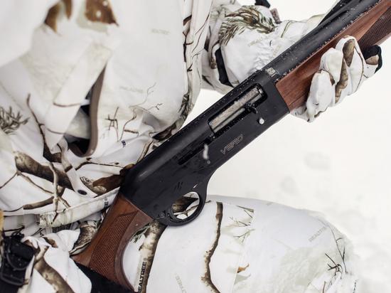В Сосновском районе один охотник случайно застрелил другого