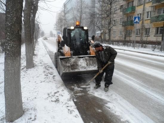 В Крыму столичные службы ЖКХ перешли на усиленный режим