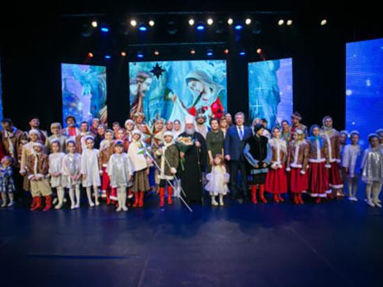 Дети Ханты-Мансийска поставили спектакль «Таинственная ночь Рождества»
