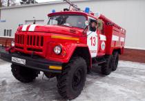 На пожаре в новокузнецком многоэтажном доме пострадал один человек