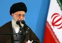 Верховный лидер Ирана обозвал американских чиновников «первоклассными идиотами»