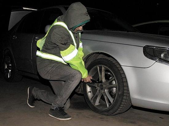 Почему светоотражающий жилет нельзя хранить в багажнике автомобиля