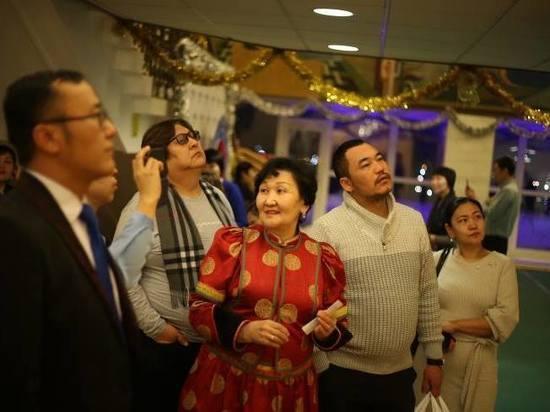 Монгольские актеры гостят в Бурятском театре драмы