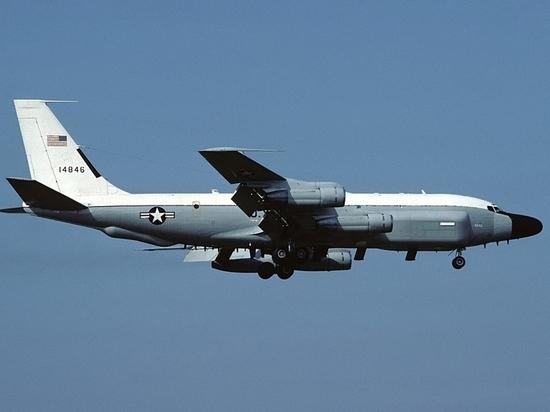 Еще один самолет США заметили недалеко от Севастополя