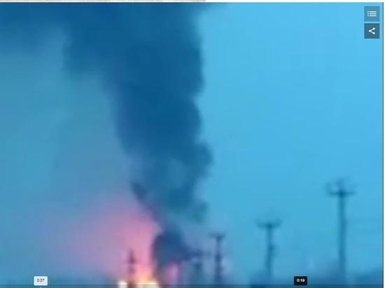 ВОренбуржье полыхает завод: площадь пожара достигла 6 тыс. квадратных метров