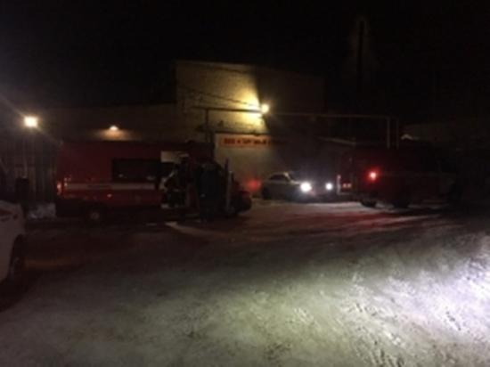 Пожару в курганской автомастерской присвоен повышенный ранг