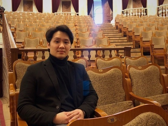 В Улан-Удэ дирижер из Сингапура сегодня проведет первую репетицию