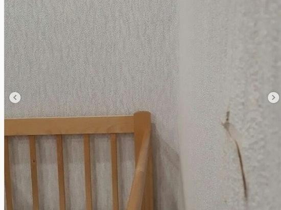 Строители в Ангарске чуть не пробурили детскую кроватку