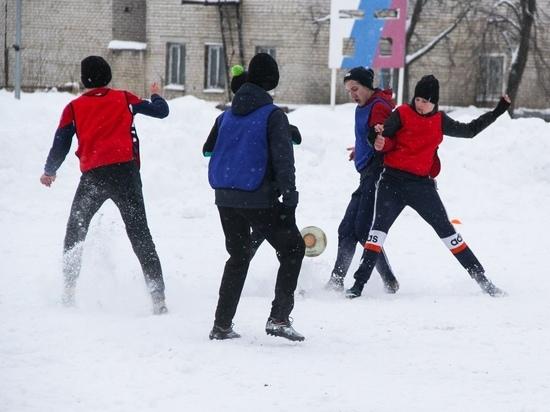 В Родниках прошел турнир по зимнему футболу