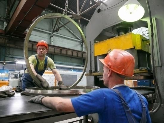Волгоградская промышленность произвела товаров на 923 млрд рублей