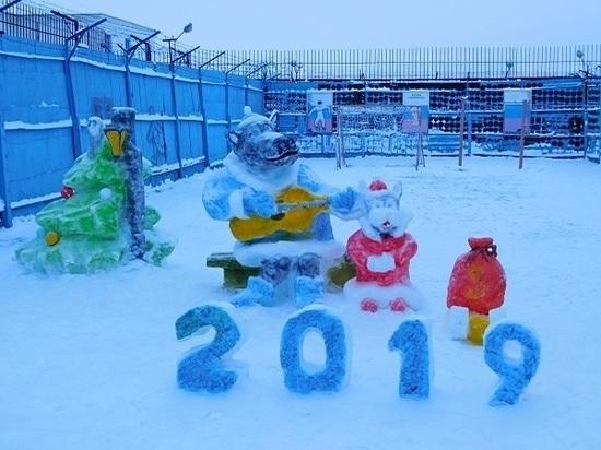 Осужденные исправительного учреждения в Кирсановском районе вылепили из снега героев советских мультфильмов