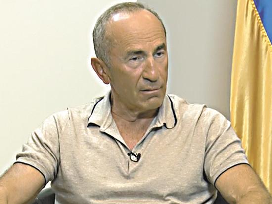 Президент одиночной камеры: адвокаты пожаловались на условия жизни Кочаряна