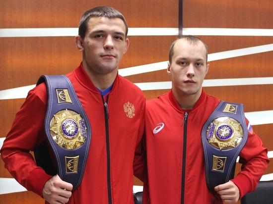 Мордовских борцов Емелина и Суркова освободили от чемпионата России