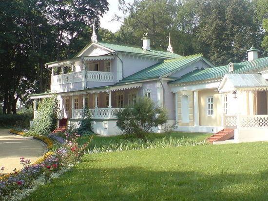 В Орловской области открылся восстановленный дом-музей Тургенева
