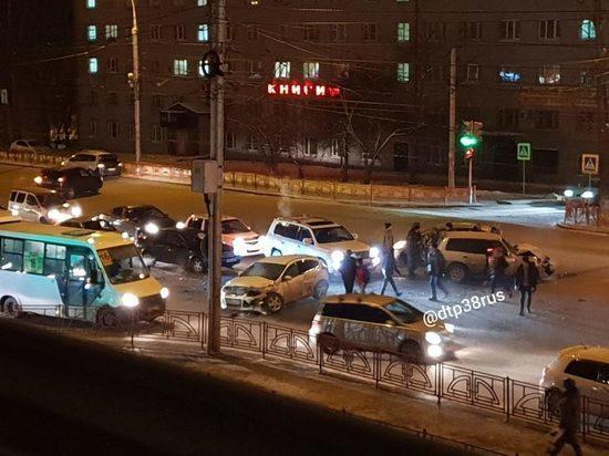 В ДТП на улице Байкальской в Иркутске пострадали четверо детей