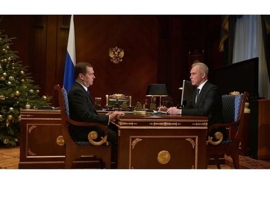Губернатор Ульяновской области отчитался перед Медведевым о развитии региона