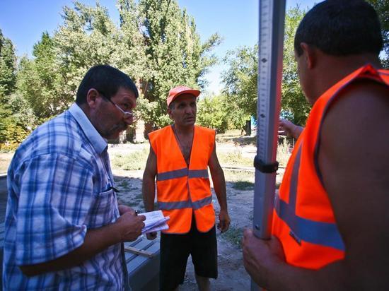 Волгоградцам подсказали, как добиться ремонта дорог во дворах