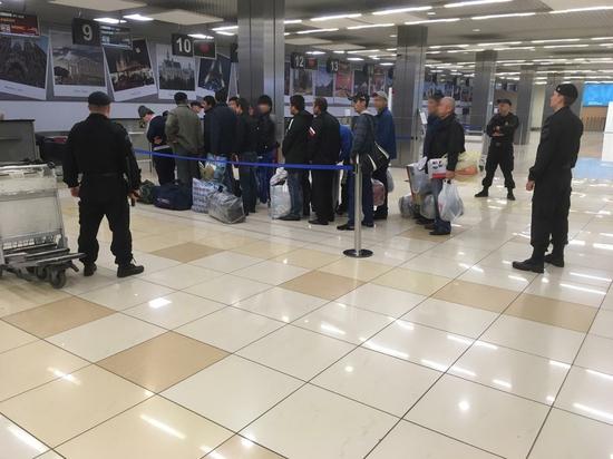 Из Екатеринбурга выдворено 54 ребенка-мигранта