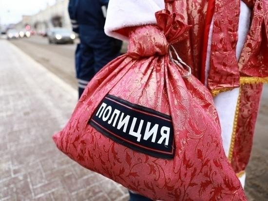 «Полицейский Дед Мороз» продолжает творить добро в Мордовии