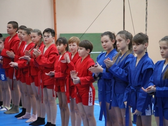 В калужской школе занятия самбо ввели в школьную программу