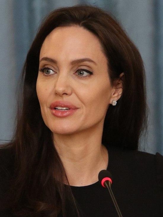 Осетинская Анджелина Джоли: не подражайте никому - МК ... анджелина джоли википедия