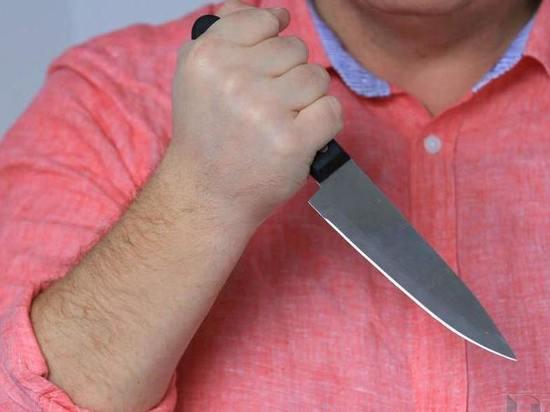 В Тоцком районе муж ударил жену ножом в грудь