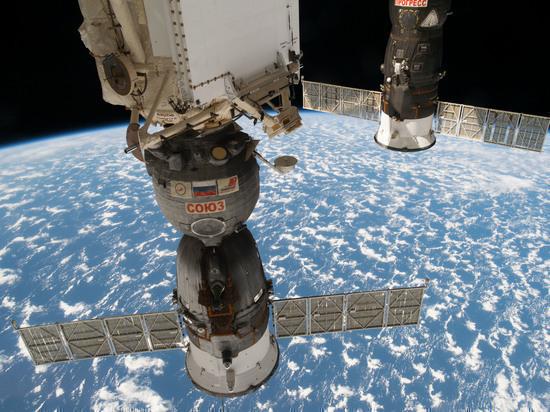 """Источник: Роскосмос разрабатывает концепцию лунного корабля """"Союз"""""""