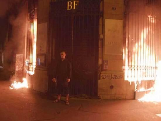 Банк Франции против двери ФСБ: два приговора Павленскому
