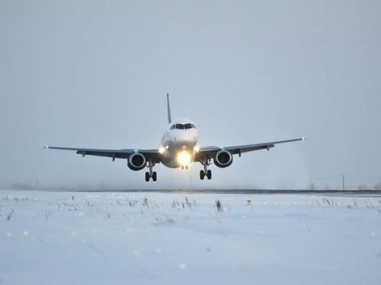 Аварийную посадку совершил в Ульяновске ТУ-214