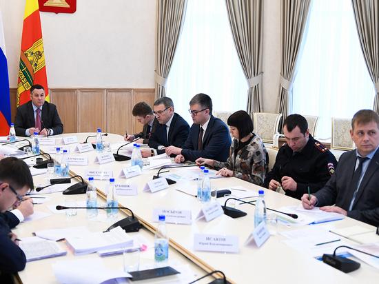 Карту самых опасных дорог Тверской области покажут губернатору