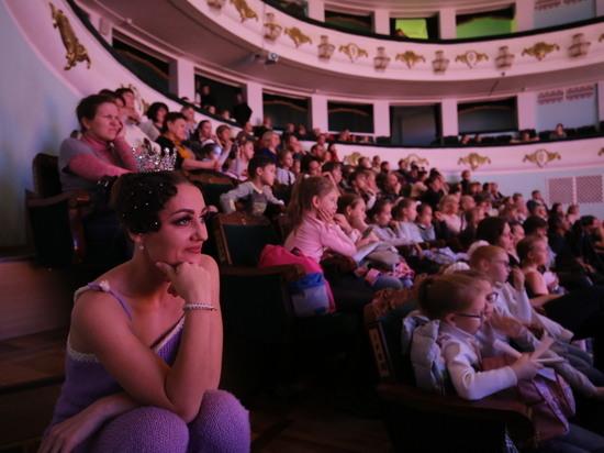 В волгоградских музеях и театрах на каникулах побывали 55 тысяч человек