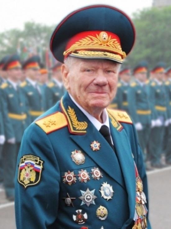 Ивановские спасатели проводили в последний путь своего легендарного коллегу
