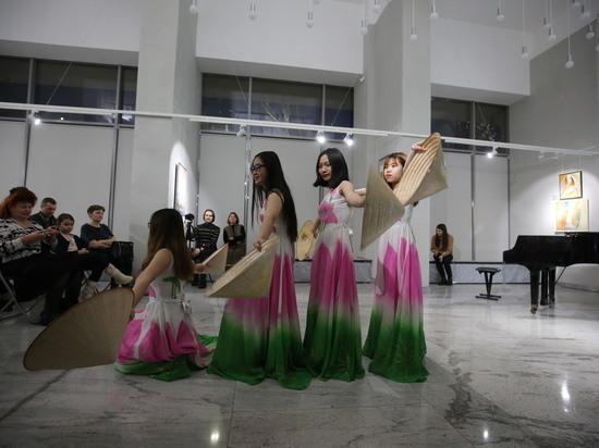 В Волгоградском музее рассказали о новогодних традициях разных стран