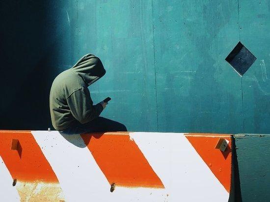 В Калининграде гость стащил у хозяйки мобильник и планшет