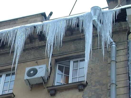 В Иванове жилинспекция провела рейд по поиску сосулек на крышах домов