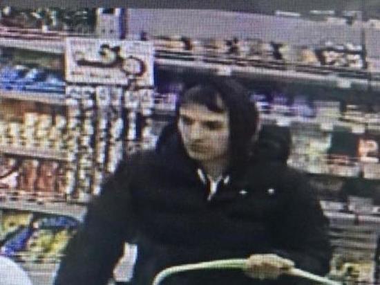 Полиция Иркутска ищет подозреваемого в краже банковской карты