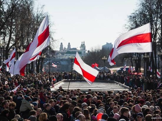 Белорусская оппозиция призвала власти ограничить трансляцию русских  каналов