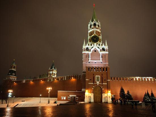 Водители депутатов пожаловались в Кремль на дорогую парковку в Москве