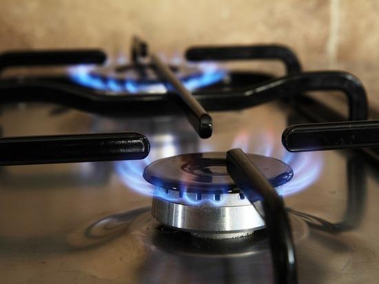 Жильцы взлетевшего в Шахтах дома рассказали об инциденте: грелись газом