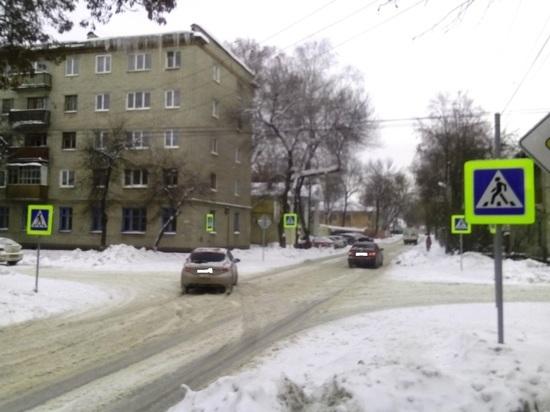 В центре Тамбова водитель автомобиля сбил подростка на пешеходном переходе и скрылся