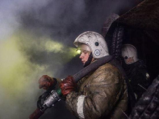 Новосибирские пожарные спасли четырёх человек в Кировском районе