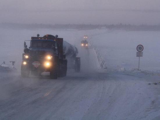 На Ямале из-за непогоды закрыт зимник «Салехард — Надым»
