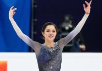 Российская фигуристка Евгения Медведева, которая после Олимпийских игр-2018 ушла от своего тренера - Этери Тутберидзе, и переехала в Канаду, тренироваться под руководством Брайана Орсера, рассказала о желании вернуться в Россию. По словам спортсменки, жить она хотела бы именно на родине.