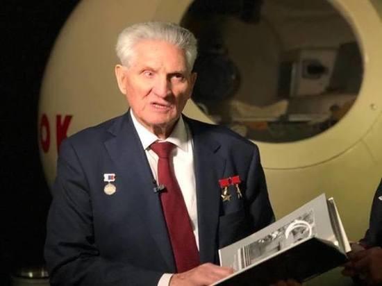 «Мне повезло: произошел взрыв»: космонавт Волынов рассказал о первой стыковке