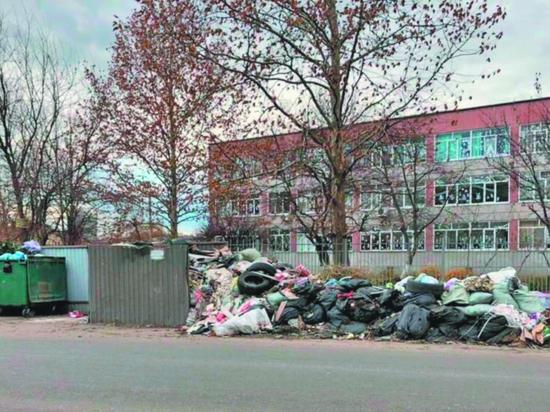 Кубанскую столицу накрыл мусорный ветер