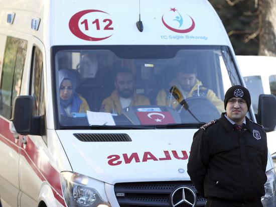 """Волейболисты """"Зенита"""" попали в массовое ДТП в Турции"""