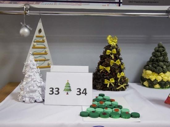 Тамбовские студенты изготовили ёлки из пряжи, макарон и кофейных зёрен