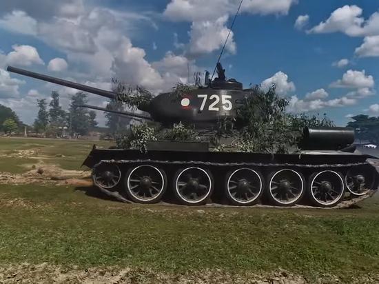 В Новосибирск приедут отслужившие в Лаосе танки Т-34